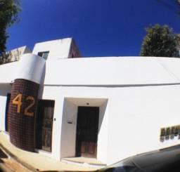 Aluguel casa em rua pública -Igreja ou Clínica, Escritório, Oportunidade, outras opções