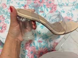 Vendo essa sandalha