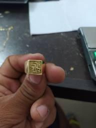 Vendo esse lindo anel em ouro 18 de são Jorge