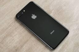 Vendo iPhone 8 Plus 256 GB em perfeito estado, sem marcas de uso.