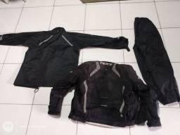 Vendo capa de chuva X11 e jaqueta da TEXX