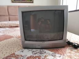 Vendo TV 14 polegada com controle, cce