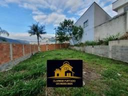Título do anúncio: UP!!! Vendo Casa Triplex Três Qts.  / Quintal Grande / Campo Grande - RJ<br>Título