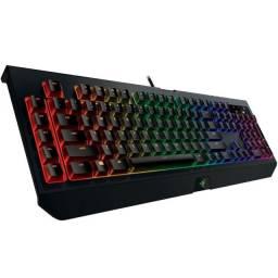 Teclado Gamer Razer Blackwidow Chroma V2