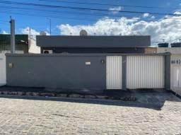 Casa Limoeiro PE Av. Lívio Teobaldo