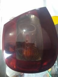 Vendo lanterna do Siena 2008 fire lance sua proposta podemos negociar preço