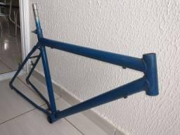 Título do anúncio: Quadro de bike aro 26