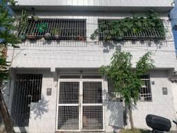 Título do anúncio: Casa com 7 dormitórios à venda, 120 m² por R$ 700.000,00 - Pina - Recife/PE