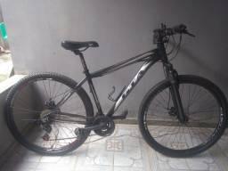 Bicicleta GTA aro 29 usada