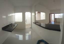 Ótima casa bairro Visão, 3 quartos, 1 suíte
