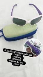 Maiô, biquíni óculos de sol e etc
