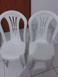 Título do anúncio: Cadeiras em ótima conservação