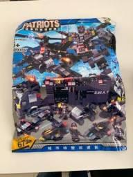 Lego Police City com 715 peças lacrado