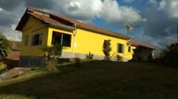 923 REF - Casa com 4/4 no Nossa Sra da Penha