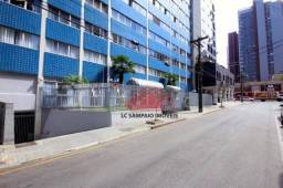 Apartamento c/ 119m² útil, 3 quartos, 9º andar, Garagem coberta no Batel / Água Verde (Est
