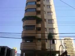 Apartamento  com 3 quartos no Edifício Monte Carlo - Bairro Setor Bueno em Goiânia