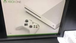 Xbox One S 1tb novo lacrado c garantia somos loja física de ps4