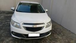 Onix LT Completo aceito troca por carro 2014 - 2014
