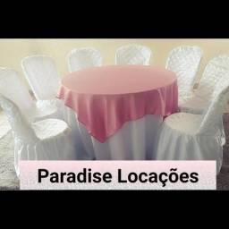 Aluguel de mesas, cadeiras, tampões, toalhas de mesa, capas de cadeiras e brinquedos