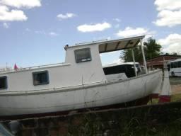 Baleeira cabinada