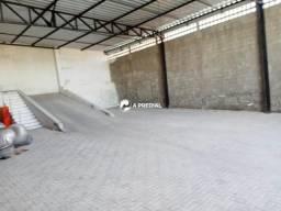 Galpão 300m², esquina com Rua Pedro Gomes da Rocha.