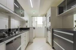 Apartamento 3 Dormitórios, 2 Vagas Garagem, Elevador, Móveis e Eletros Sob Medida