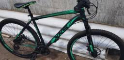 Vende se bike xks nova apenas marcas de uso bike com suspensão  e freios a disco