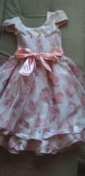Vendo vestido pra aniversário ou casamento infantil