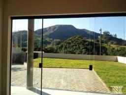Casa nova com vista para as montanhas em Águas de Lindóia-SP