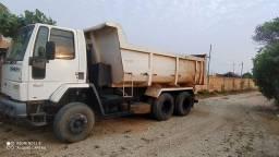 Cargo 2932 caçamba
