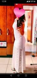 Lindo vestido de renda branco longo