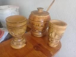 Objetos em madeira
