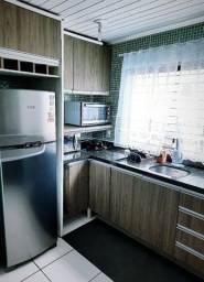 Casa com 02 Dormitórios, sendo um com cama king size com massagem e ar condicionado