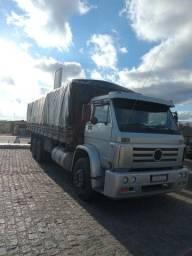 Titan 18310 truck 2005