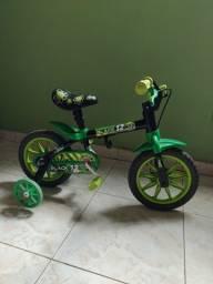 Bicicleta infantil meu filho perdeu rápido usada poucas vezes