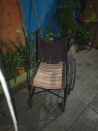 Cadeira de rodas 150