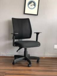 Cadeira giratória para escritório a pronta entrega