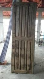 Porta de madeira 210×70