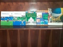 Livros de vários temas em perfeito estado de conservação.