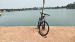 Título do anúncio: Bicicleta aro 29 pra sair rápido abaixo um pouquinho