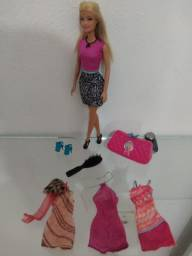 Barbie e acessórios