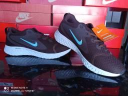Tênis Nike LEGEND REACT