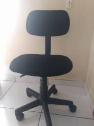 Título do anúncio: Cadeira escritório giratória