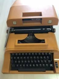 Vendo máquina de datilografia