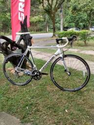 Bicicleta Speed Cannondale Caad 8