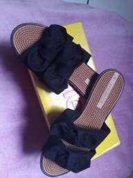 Vendo sandália da moleca rasteirinha