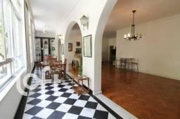 Título do anúncio: Apartamento para venda possui 203 metros quadrados com 3 quartos em Copacabana - Rio de Ja