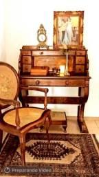 Rara escrivaninha antiga