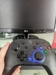 Controle / gamepad gamesir t4 pro novo na Caixa