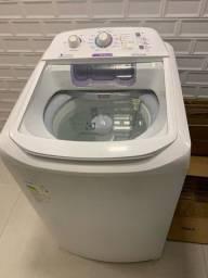 Máquina de lavar eletrolux 10,5 kg em perfeito estado